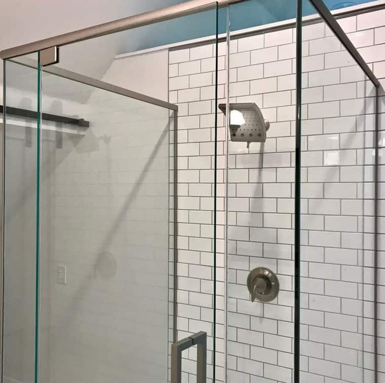 design kepala shower